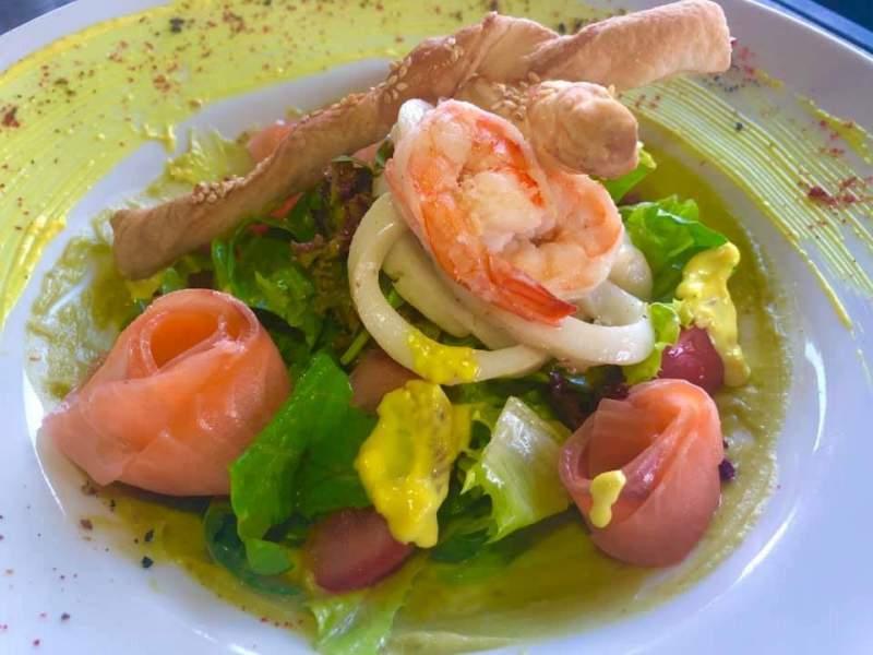Салат з морепродуктів